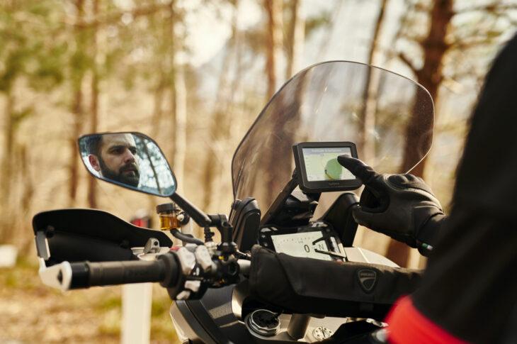 DUCATI_MULTISTRADA_ACCESSORIES_Gran Turismo windscreen_UC178544_High